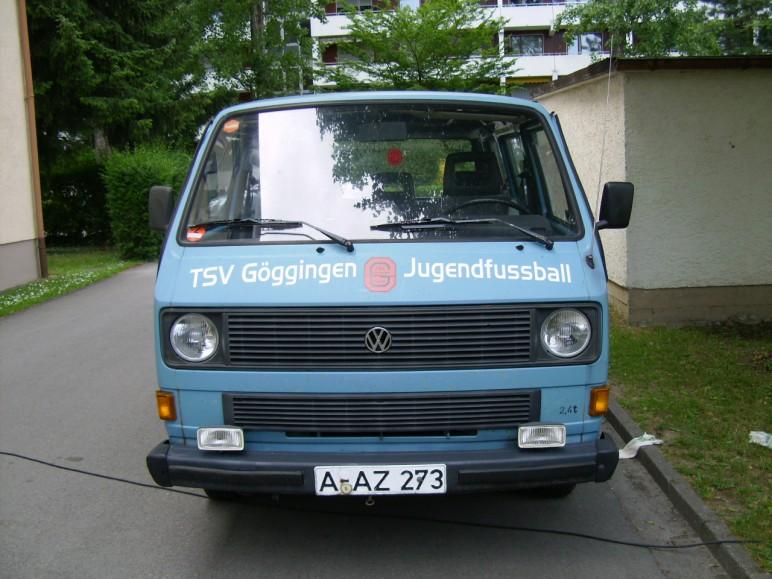 Mannschaftsbus2